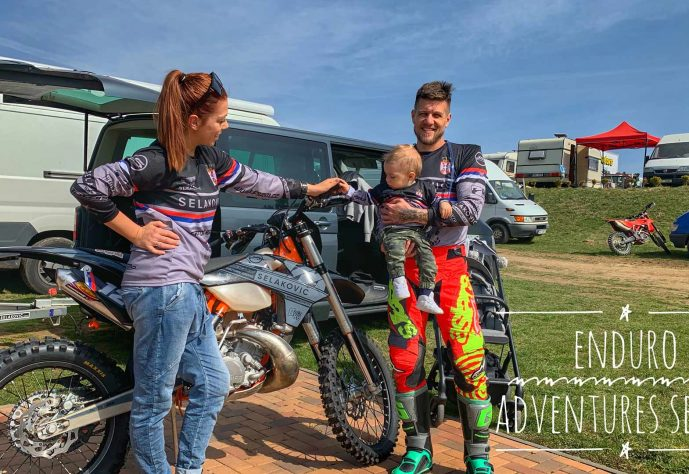 enduro-with-family